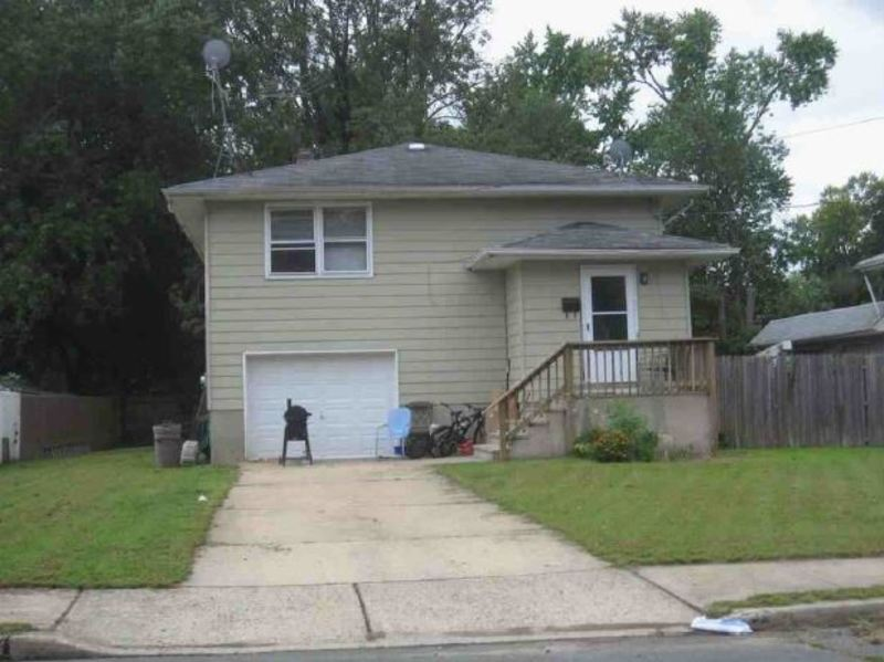 USA Property In New Jersey, Jamesburg